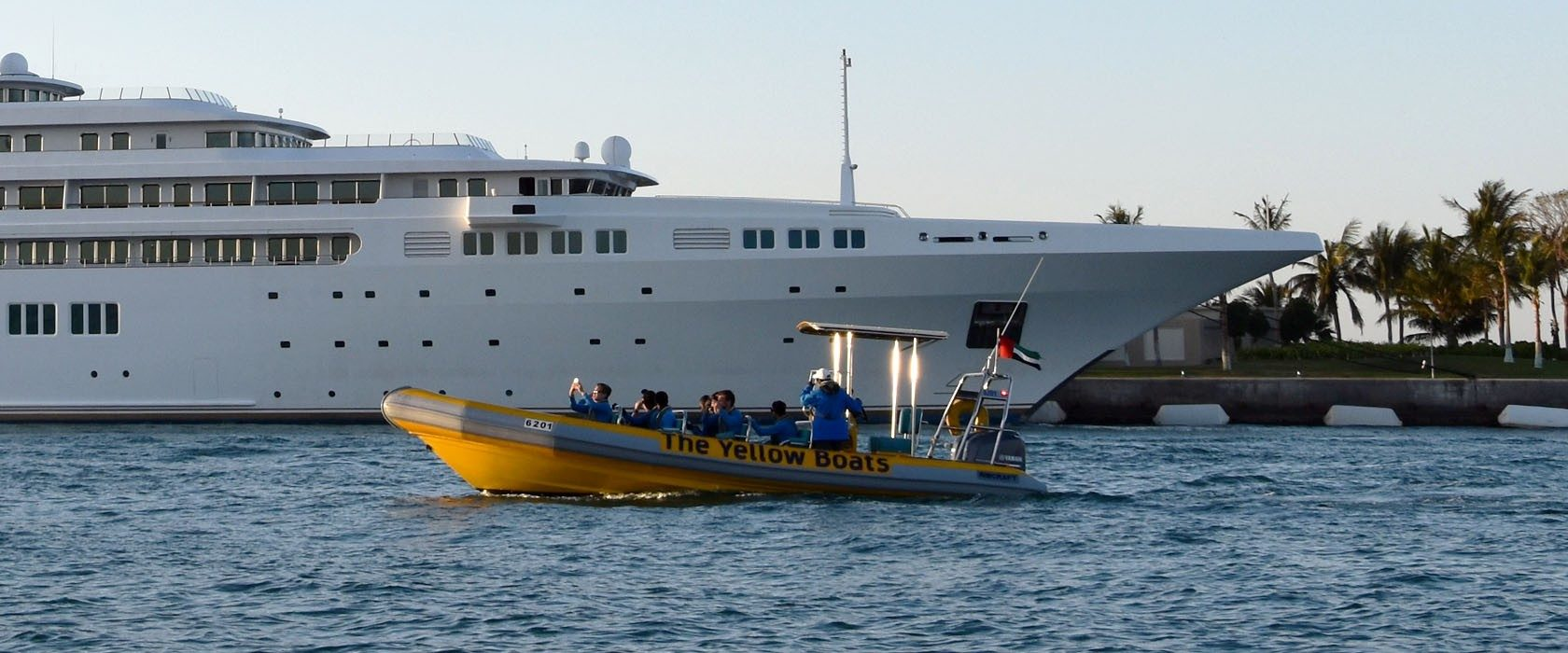 The Yellow Boats Sightseeing Tours in Dubai