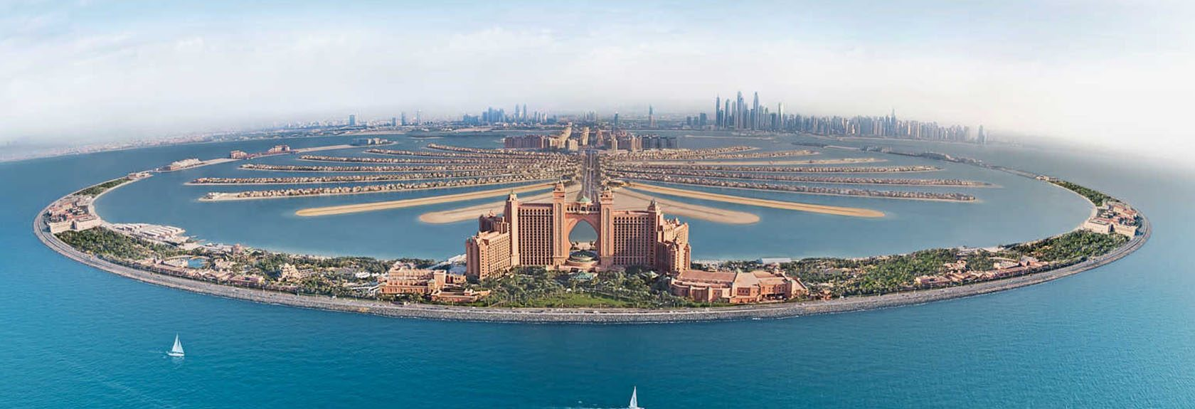 Cruise along the Palm Jumeirah Island