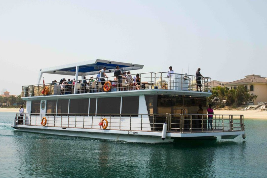 Palm Jumeirah cruise in Dubai